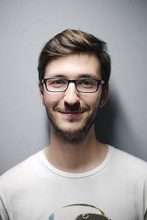 richard1220's avatar