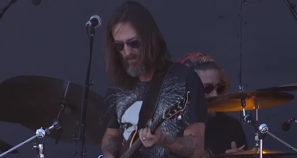 ...by Chris Robinson Brotherhood (live)