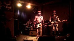 """Geezer mashes up """"Island"""" by Weezer & """"Blister in the Sun"""" by Violent Femmes"""